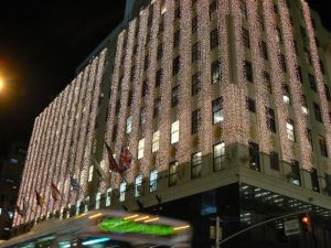 Bloomingdales_NYC_Xmas