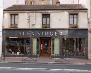 53 Rue Victor Hugo, Home of Singer Bicycles